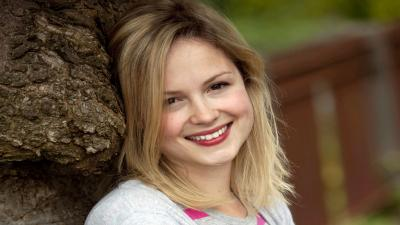 Kimberley Nixon Smile Wallpaper 58845