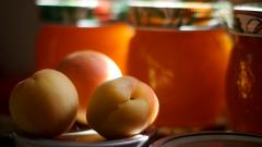 Apricot Fruit Wallpaper Background 49865