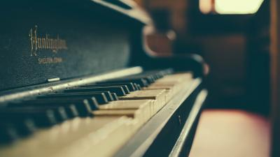 Classic Piano Desktop HD Wallpaper 58723