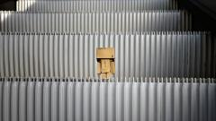 Danbo Escalator Wallpaper 49171