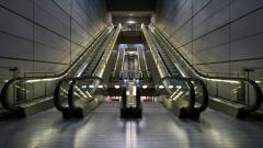 Escalator Widescreen Wallpaper Pictures 49172