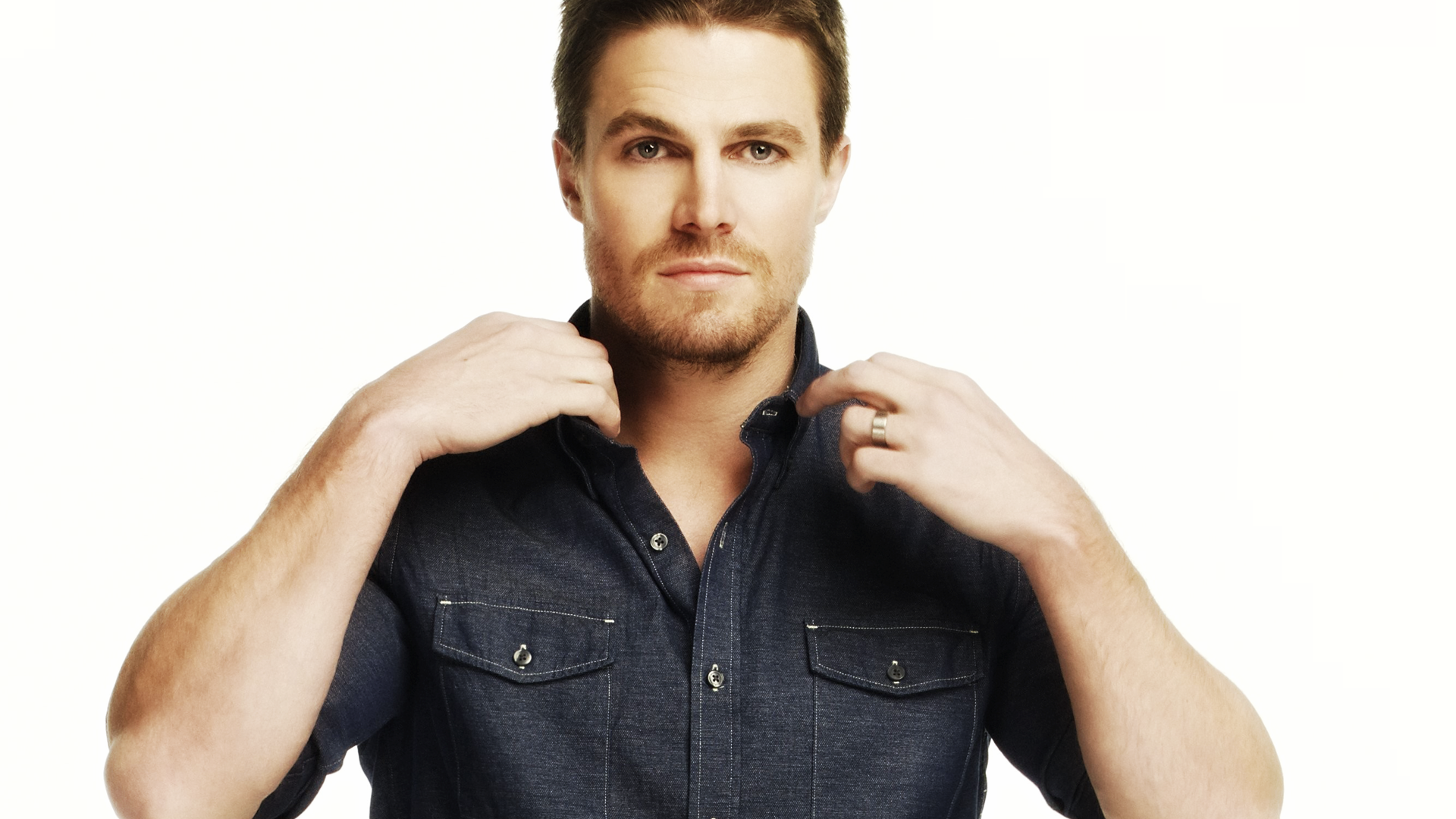 stephen amell desktop wallpaper 53032