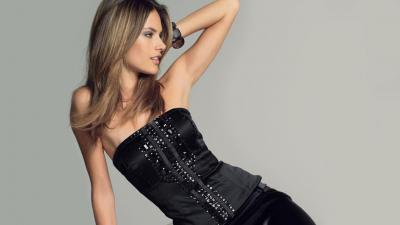 Alessandra Ambrosio Desktop Wallpaper 51791
