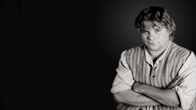 Monochrome Sean Astin Actor Wallpaper Background 56221