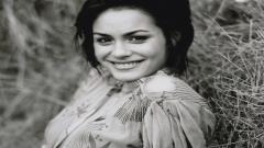 Shannyn Sossamon Smile Computer Wallpaper 50662