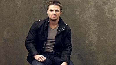 Stephen Amell Wide Wallpaper 53030