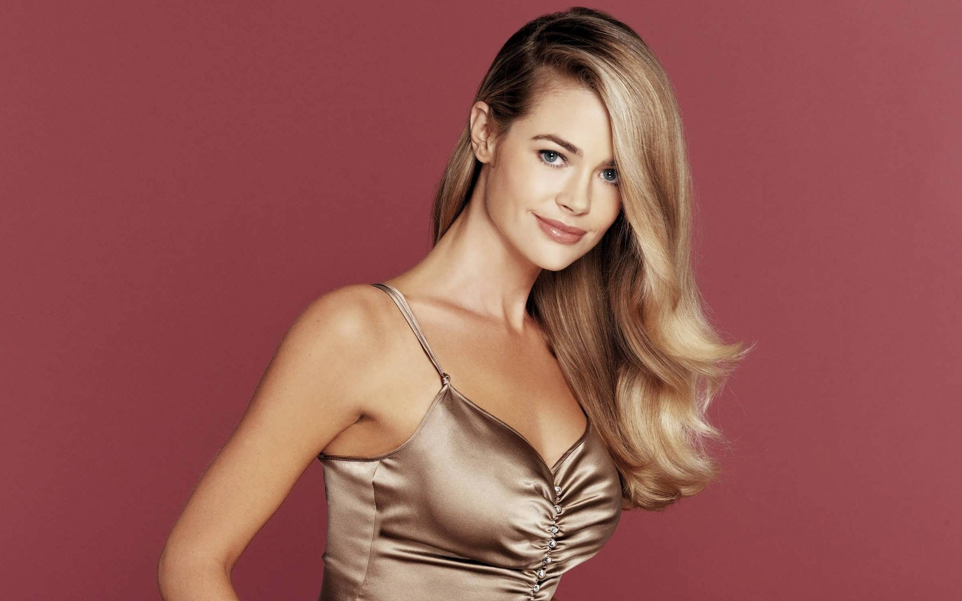 denise richards 1920x1200 wallpapers - photo #5