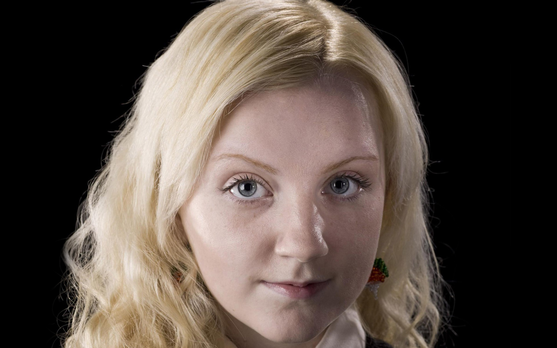 evanna lynch desktop wallpaper 58120