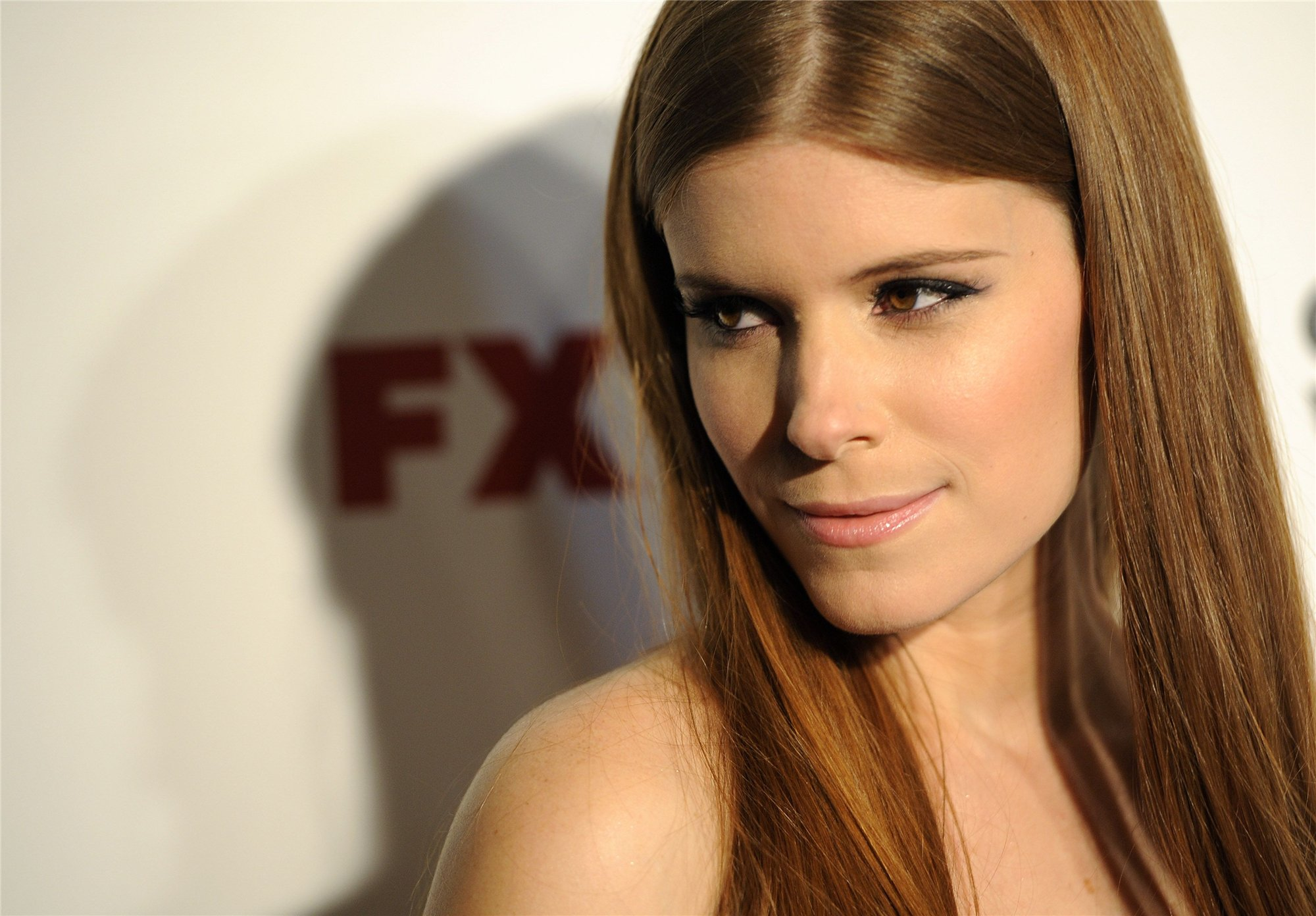 Kate Mara Celebrity Wallpaper 2000x1392 px HDWallSource