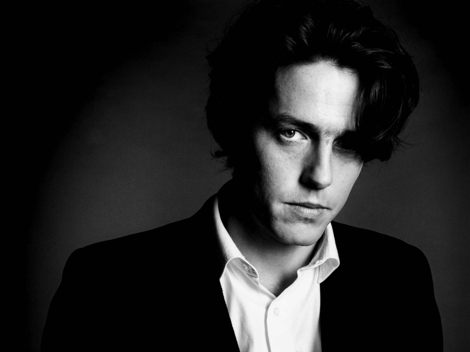 monochrome hugh grant wallpaper 55561