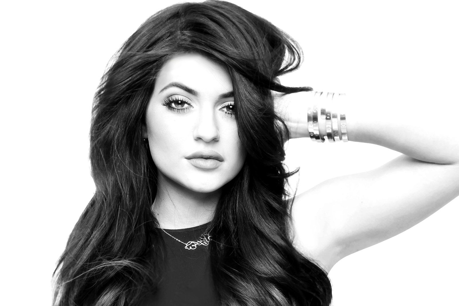 monochrome kylie jenner wallpaper 57042