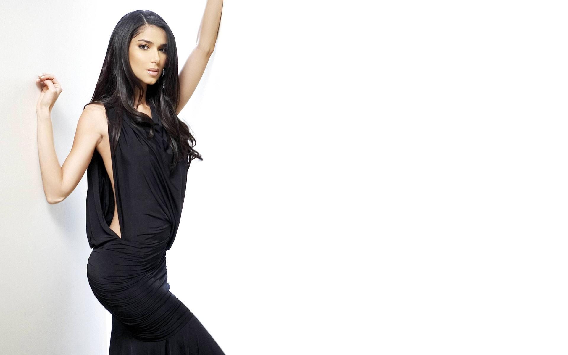 roselyn sanchez black dress wallpaper 54714