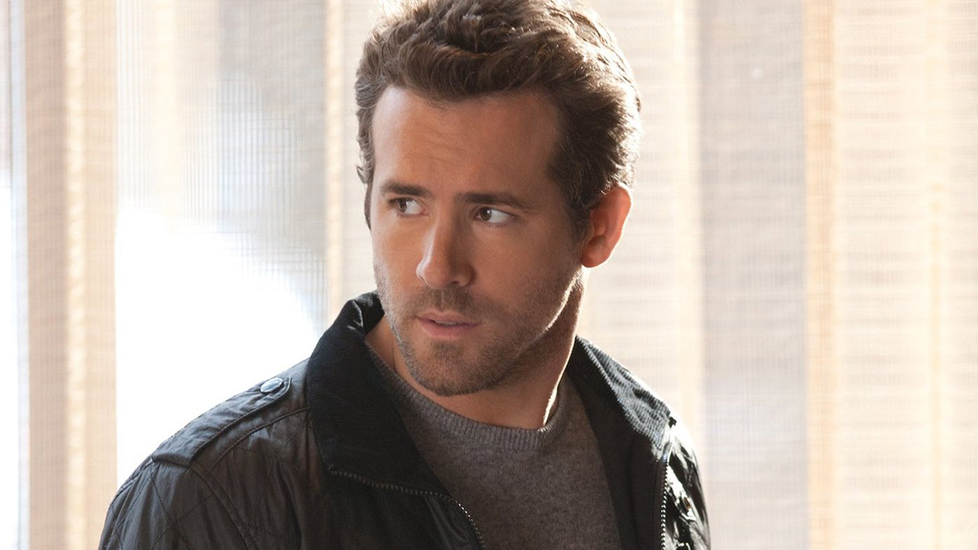 ryan reynolds desktop wallpaper 53072