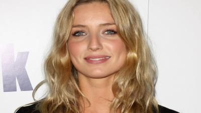 Annabelle Wallis Smile Wallpaper 56507