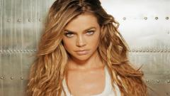 Denise Richards Celebrity Wallpaper 51058
