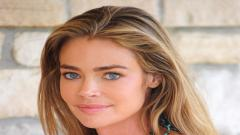 Denise Richards Face Wallpaper 51062