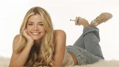 Denise Richards Smile Wallpaper 51066