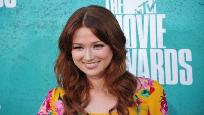 Ellie Kemper Smile Widescreen Wallpaper 56495