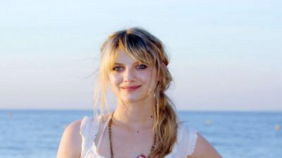 Melanie Laurent Desktop Wallpaper 53770