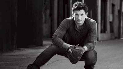 Monochrome Miles Teller Desktop Wallpaper 55696