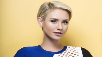 Nicky Whelan Wallpaper Background 56479