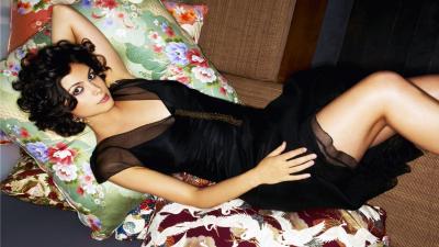Sexy Morena Baccarin Wallpaper 54521