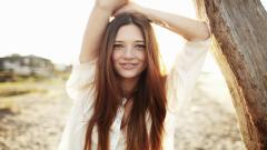 Woman Freckles Wallpaper 49840