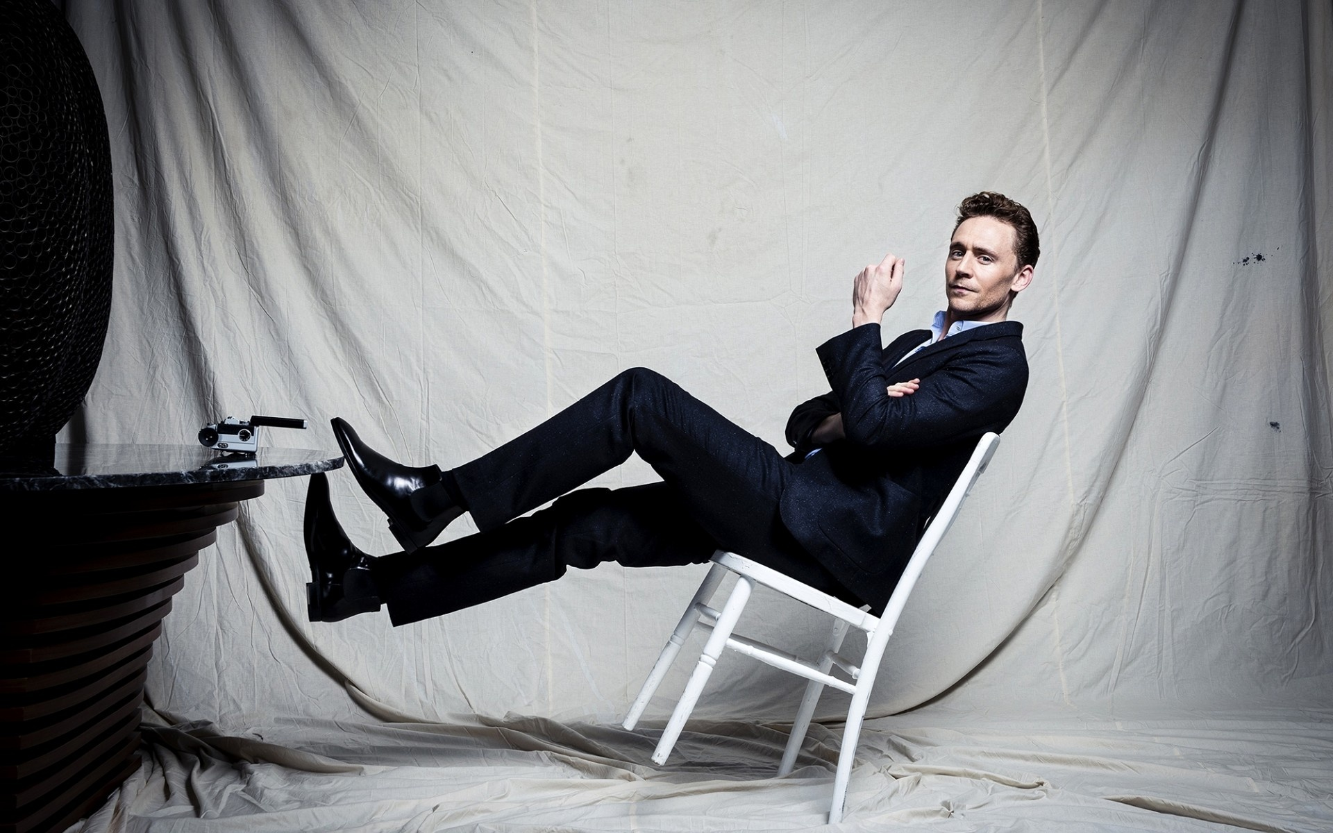 Tom Hiddleston HD Wallpaper 55663 1920x1200 px ...