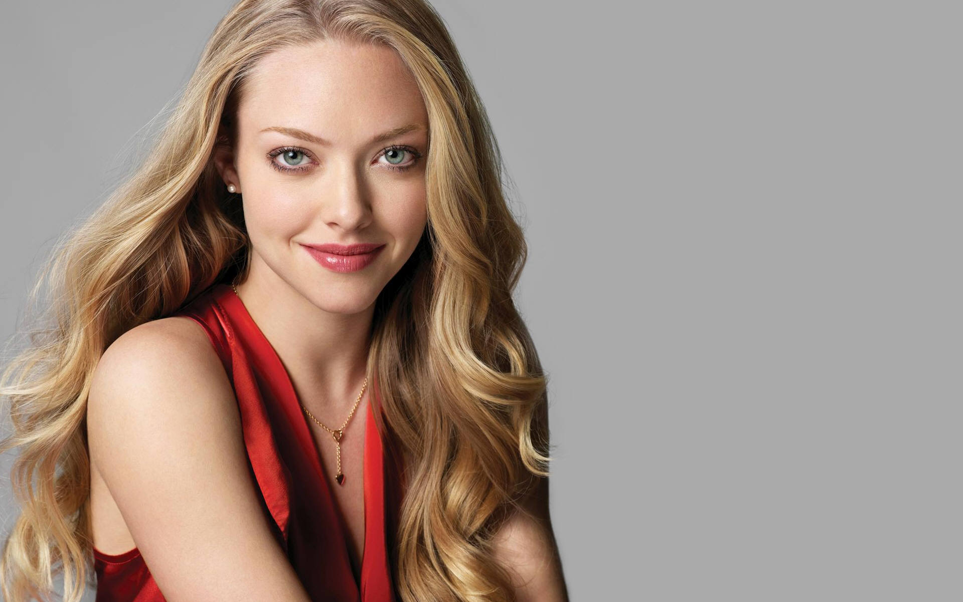 amanda seyfried desktop wallpaper 50595