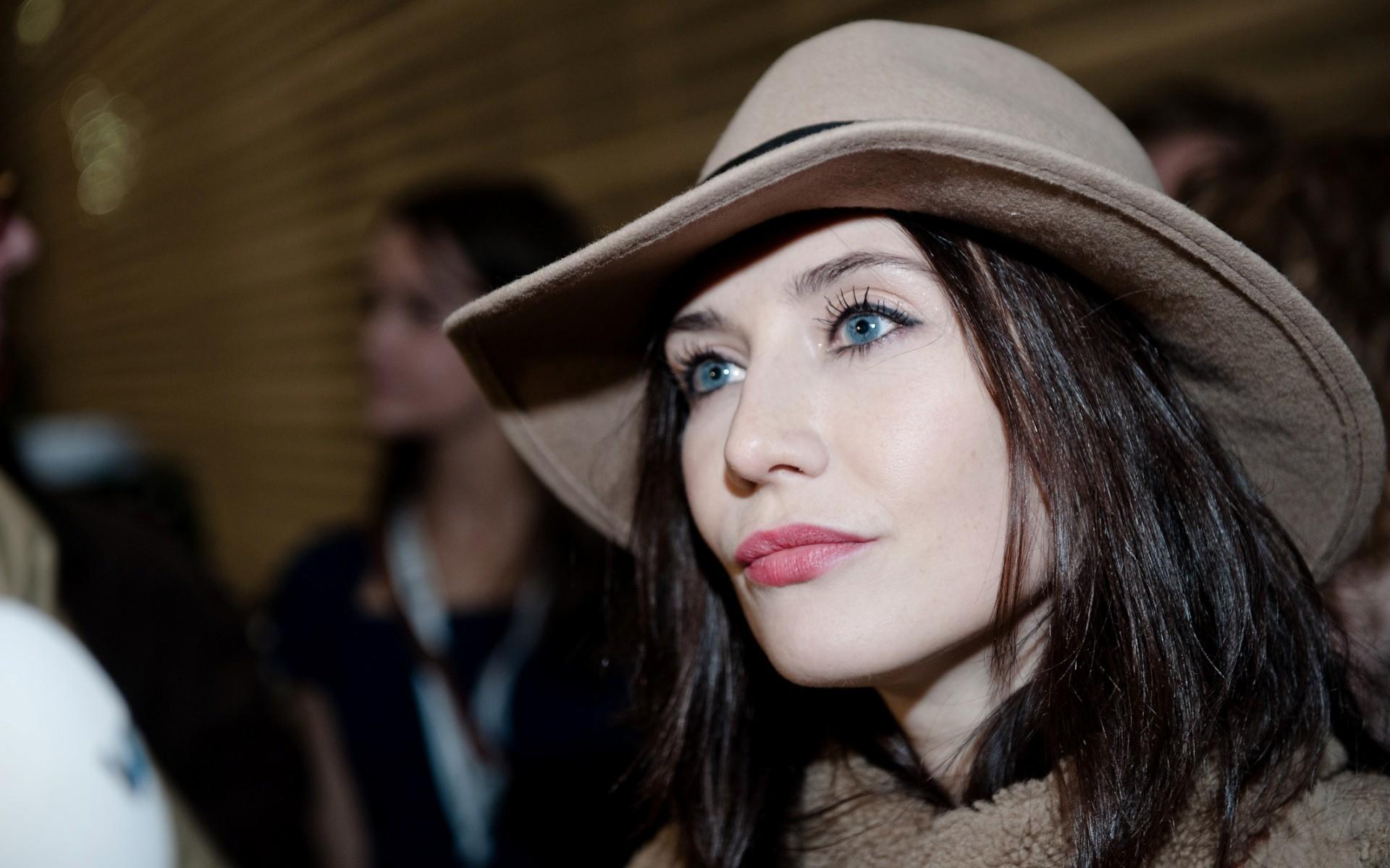 carice van houten hat wallpaper 57710