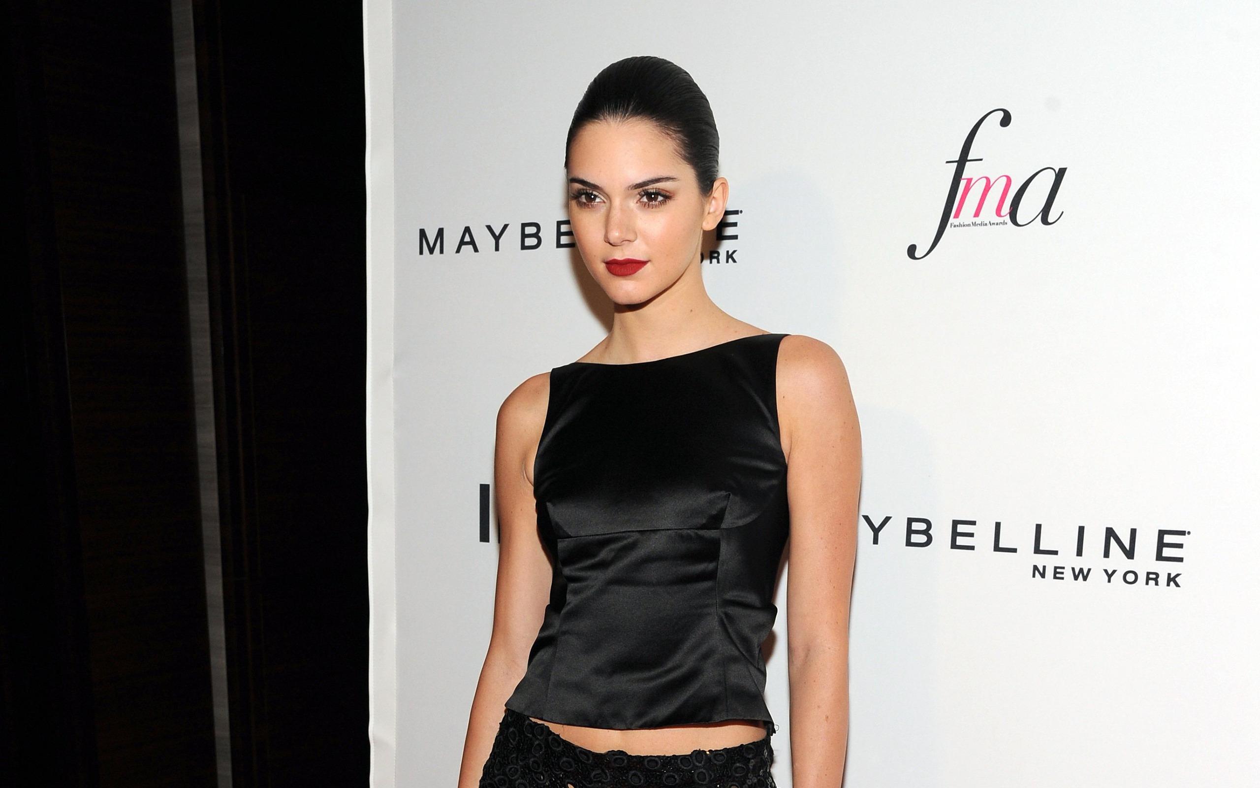 Kendall Jenner Celebrity Wallpaper Background 55396 2560x1600px