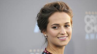 Alicia Vikander Smile Wallpaper 56752