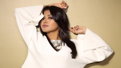 Catherine Tresa Wallpaper 55448