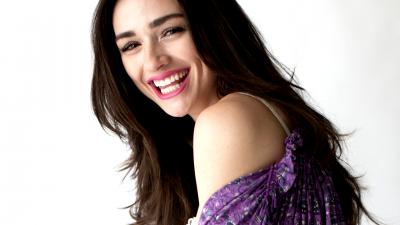 Crystal Reed Smile Wallpaper 52440