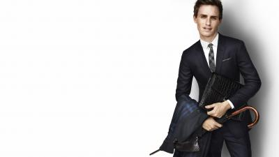 Eddie Redmayne Wide Wallpaper 56795