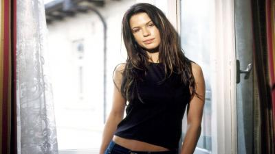 Hot Rhona Mitra Wallpaper 54640