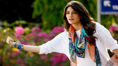 Kriti Sanon Actress Wallpaper 55350