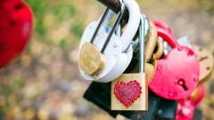 Love Locks Desktop Wallpaper 49167