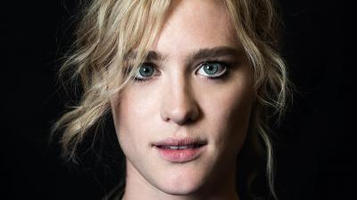 Mackenzie Davis Face Wallpaper 57683