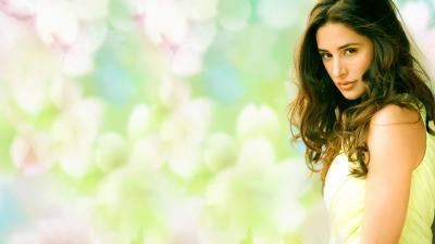 Nargis Fakhri Desktop Wallpaper 54098