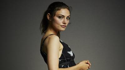 Phoebe Tonkin Desktop Wallpaper 54085