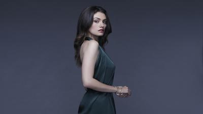 Phoebe Tonkin Desktop Wallpaper 54089