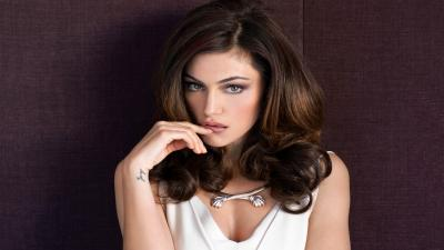 Phoebe Tonkin Widescreen HD Wallpaper 54084