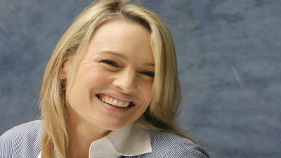 Robin Wright Smile Widescreen Wallpaper 57677