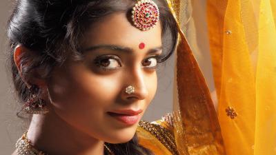 Shriya Saran Celebrity HD Wallpaper 53935
