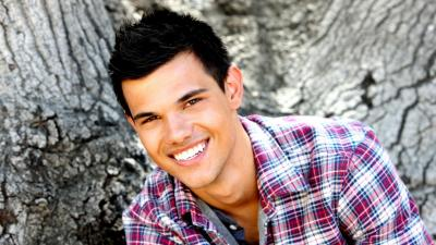 Taylor Lautner Widescreen Wallpaper 54141