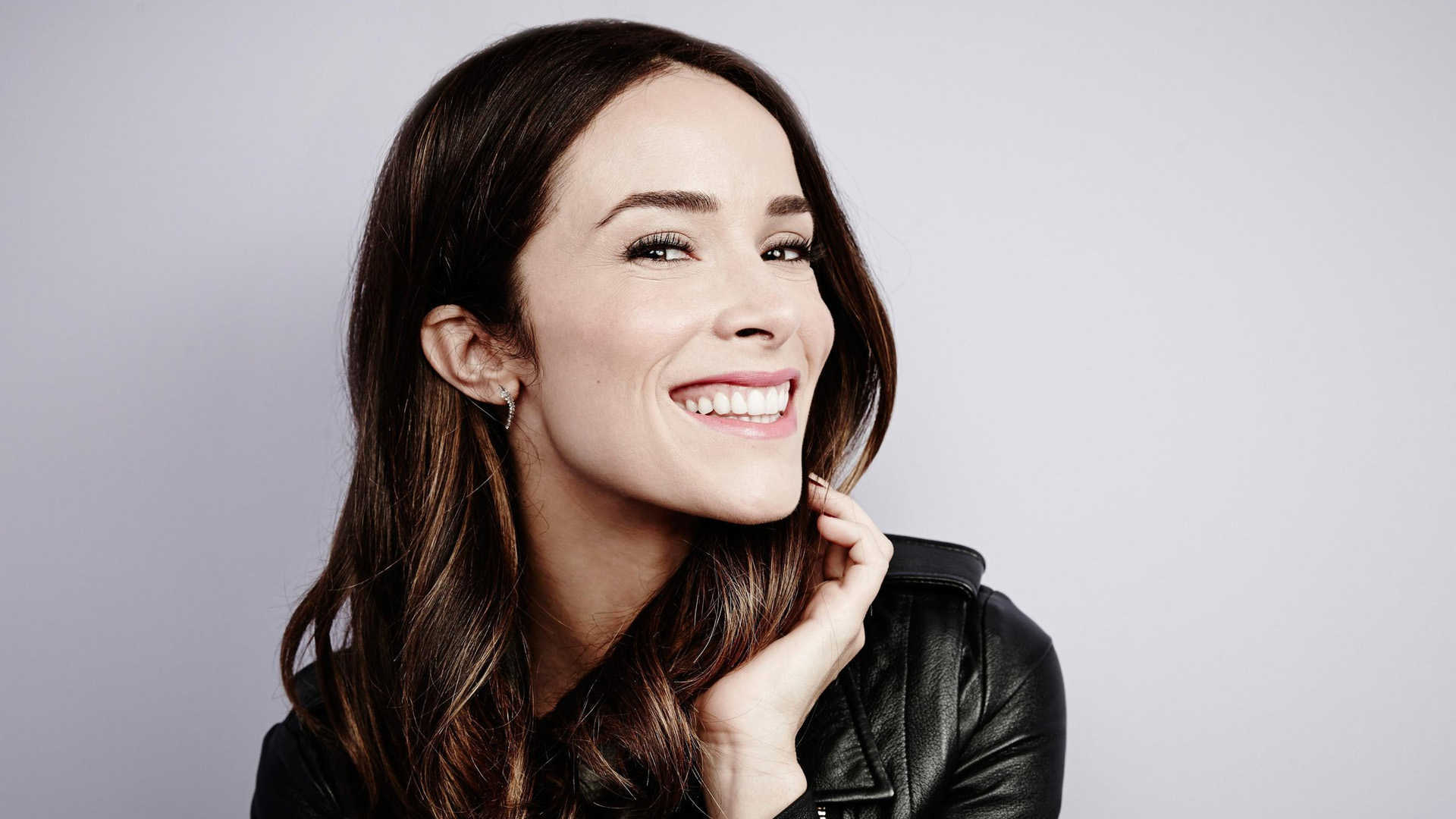 abigail spencer smile wallpaper 53576