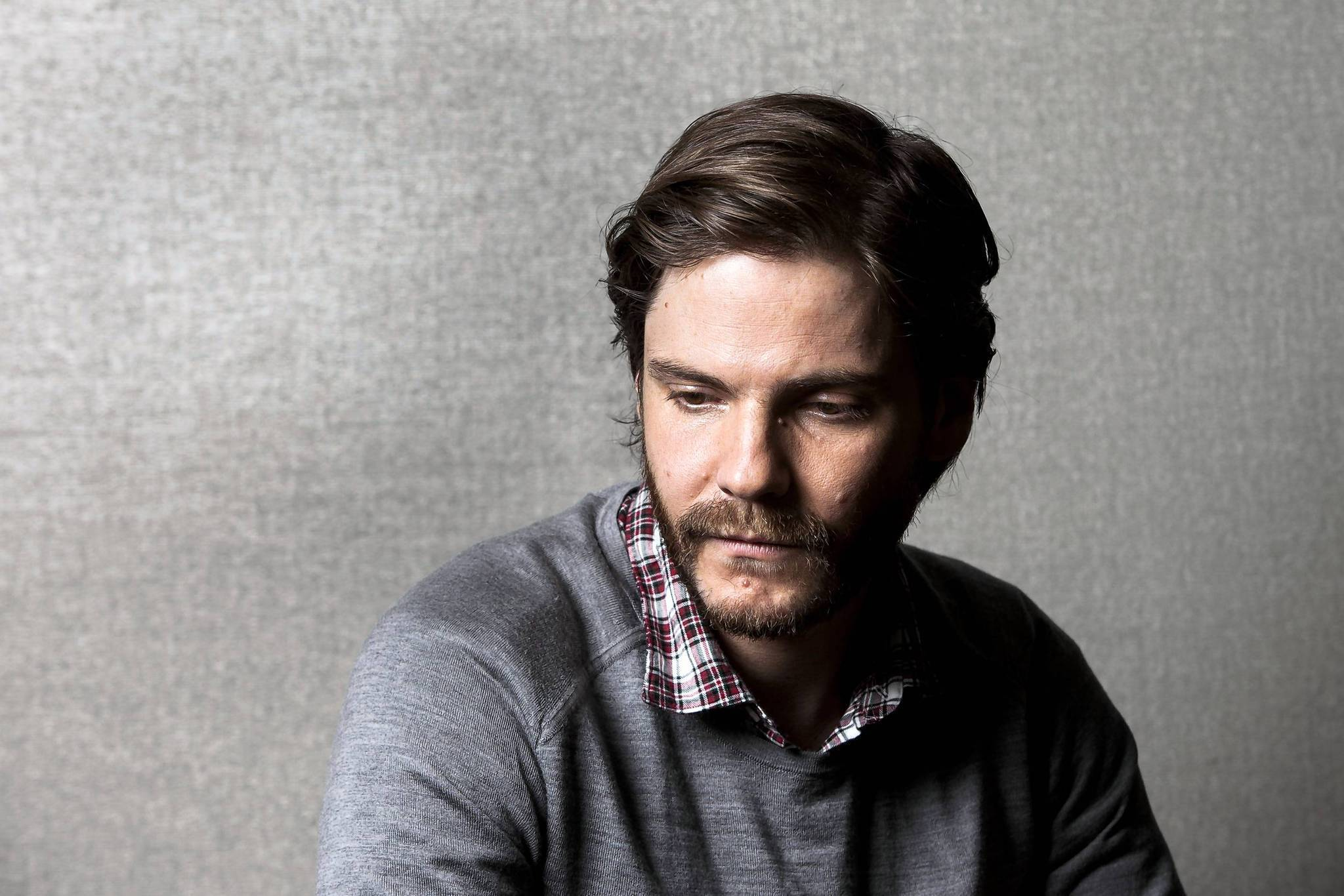 daniel bruhl hd wallpaper 57287