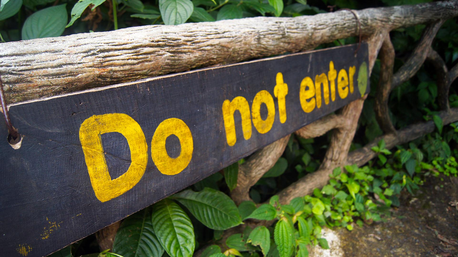 do not enter sign rio celeste 55585