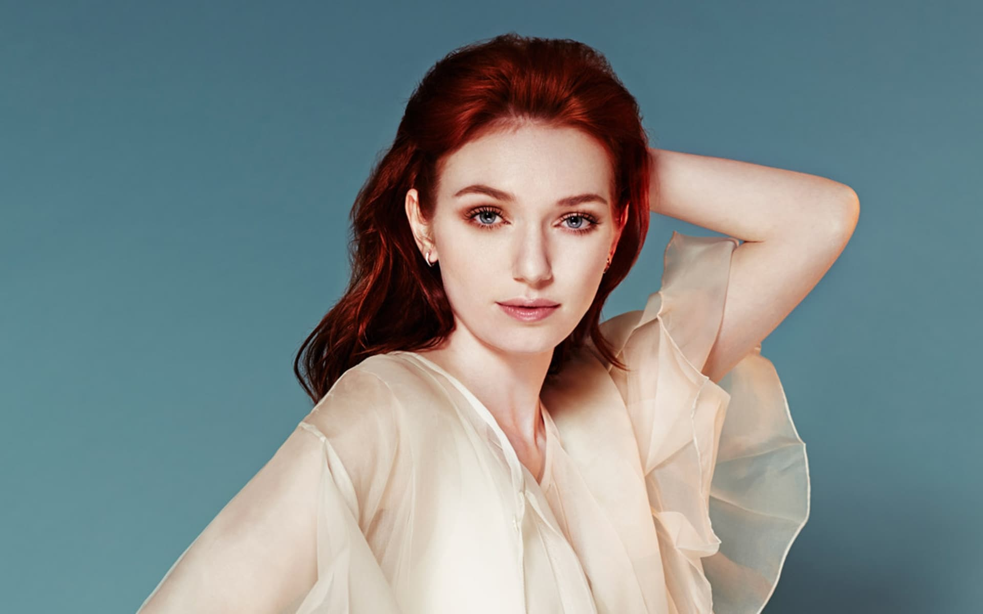 eleanor tomlinson wallpaper 55827